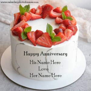 Happy Anniversary wishes with their names on cake